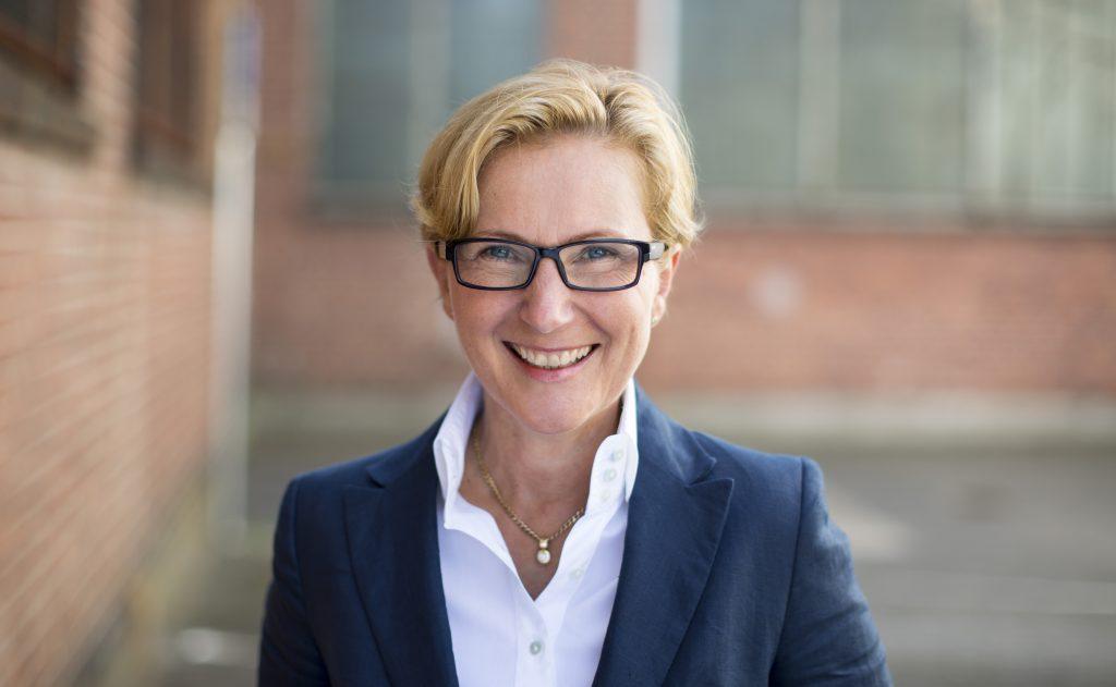 Dr. Katja Löhr-Müller wird neue Verbandsjuristin - 04 loehr mueller katja J4A0433